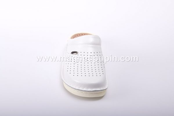 Akma - Papuče Sa 12 Magneta (Zatvorene) - Bele