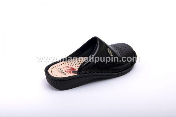 Akma papuče Sa 12 Magneta (Zatvorene)