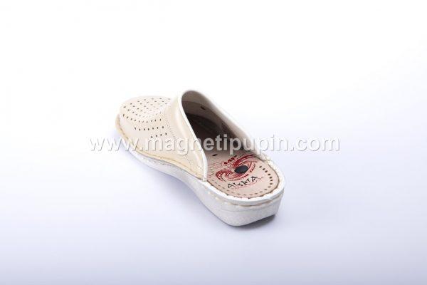 Akma papuce zatvorene