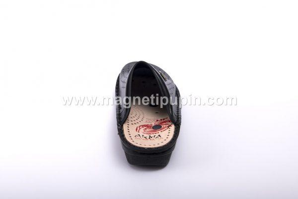 Papuče Sa 12 Magneta (Zatvorene) - Akma crne