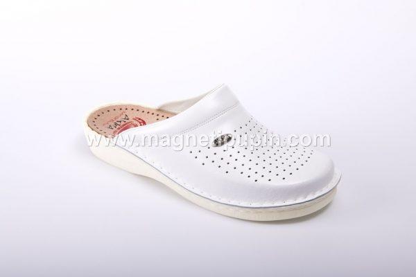 Papuče Sa 12 Magneta (Zatvorene) - bele