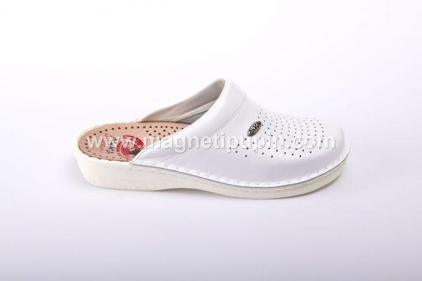 akma bele zatvorene papuce
