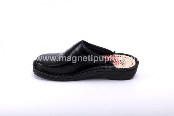 akma crne zatvorene papuce